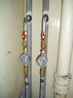 Замена стояков горячей и холодной воды в Новоалтайске, монтаж стояков водоснабжения