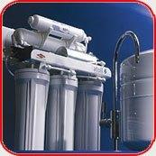 Картинка. Установка фильтра очистки воды в квартире, коттедже или офисе в Новоалтайске